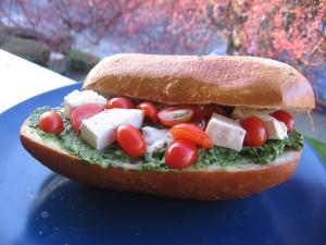 spinach, basil, tofu & tomato sandwich (A SBTT)