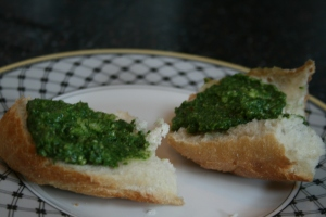 Radish pesto on bread